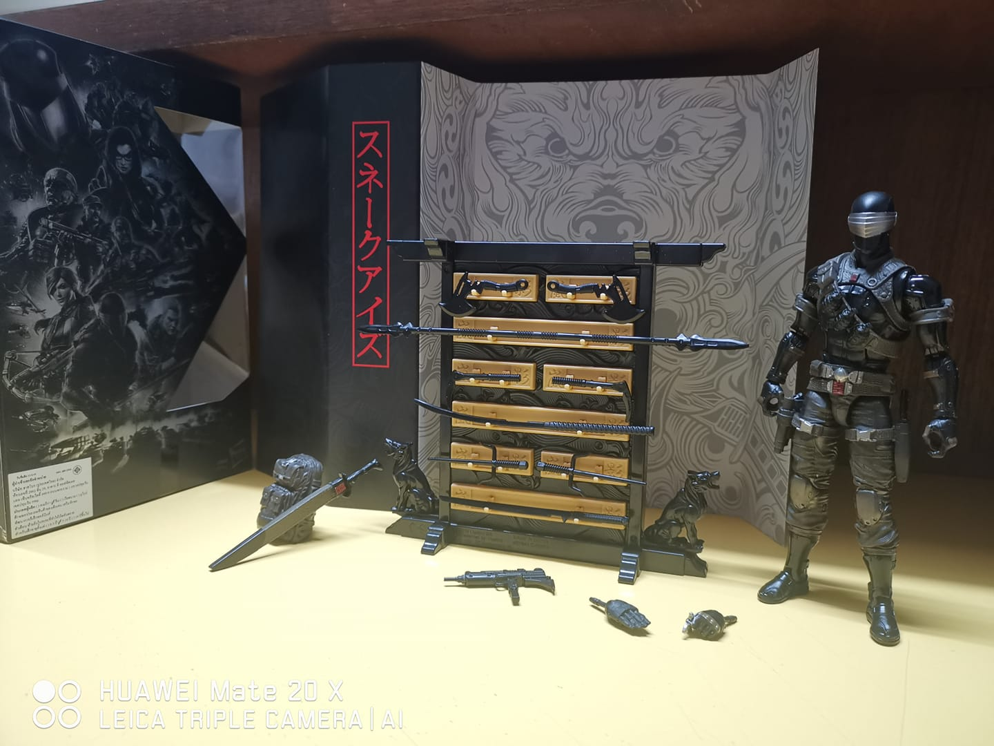 G.I. Joe: Classified Series Snake Eyes In Hand Images