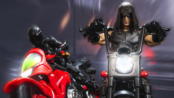 G.I. Joe Classified Zartan In-Hand Gallery